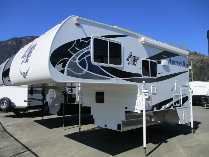 2019 NORTHWOOD ARCTIC FOX 811