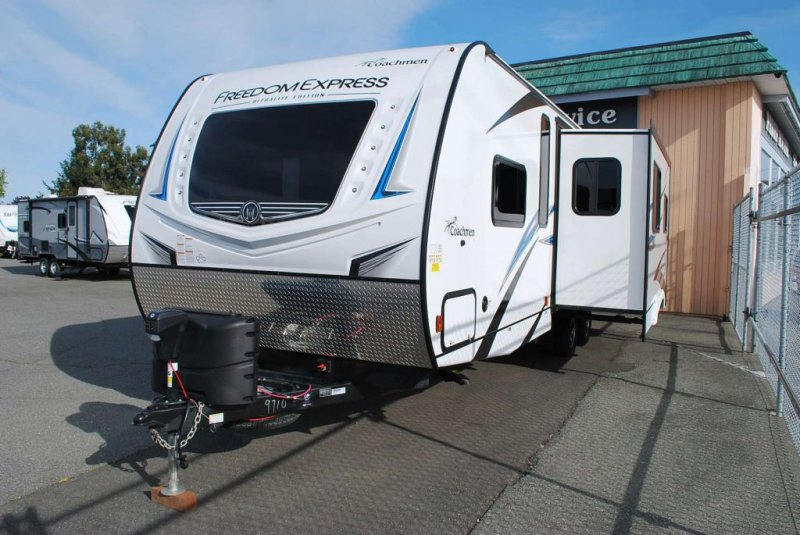 2020 COACHMEN FREEDOM EXPRESS 287BHDS