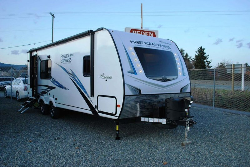 2020 COACHMEN FREEDOM EXPRESS 246 RKS