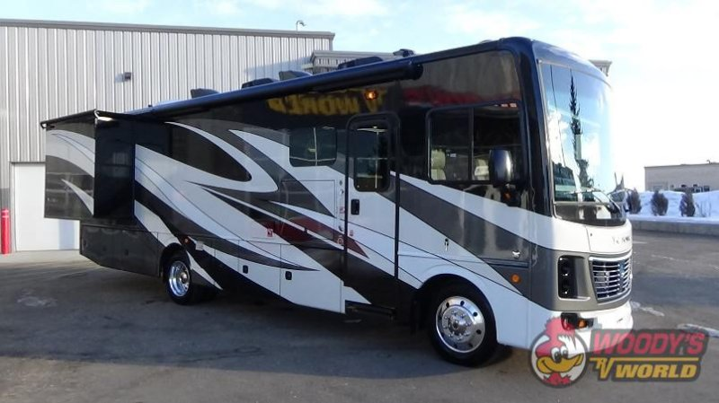2019 HOLIDAY RAMBLER VACATIONER 33C