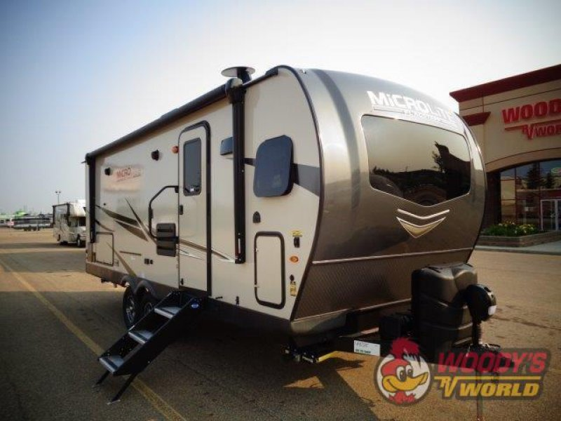 2022 FOREST RIVER FLAGSTAFF MICRO 25FKS