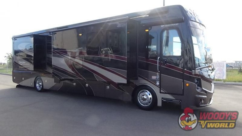 2018 FLEETWOOD INDIANA DISCOVERY LXE 40D-LXE