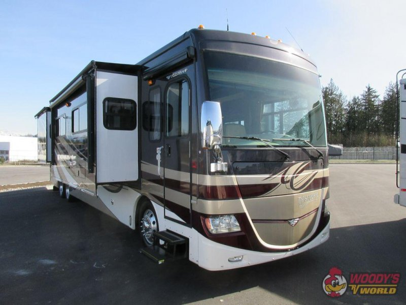 2012 FLEETWOOD CA DISCOVERY 42M