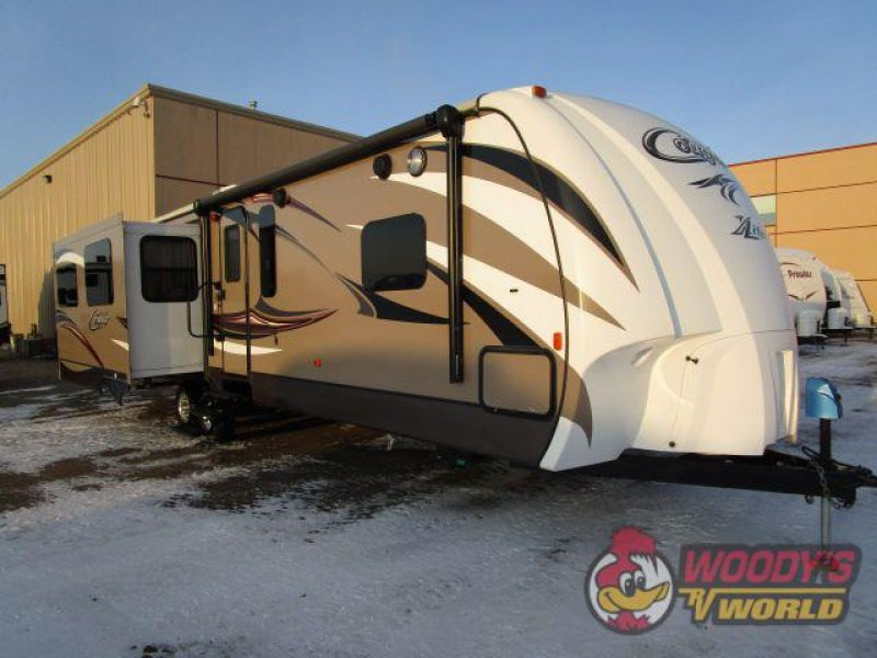 2015 KEYSTONE RV COUGAR 33RES
