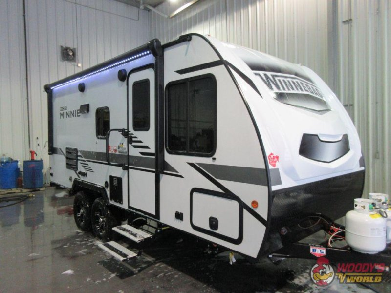 2021 WINNEBAGO OF INDIANA MICRO MINNIE 2100BH