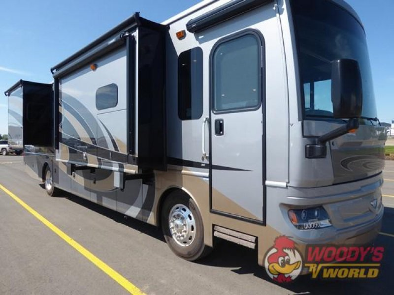 2019 FLEETWOOD PACE ARROW 38K LXE
