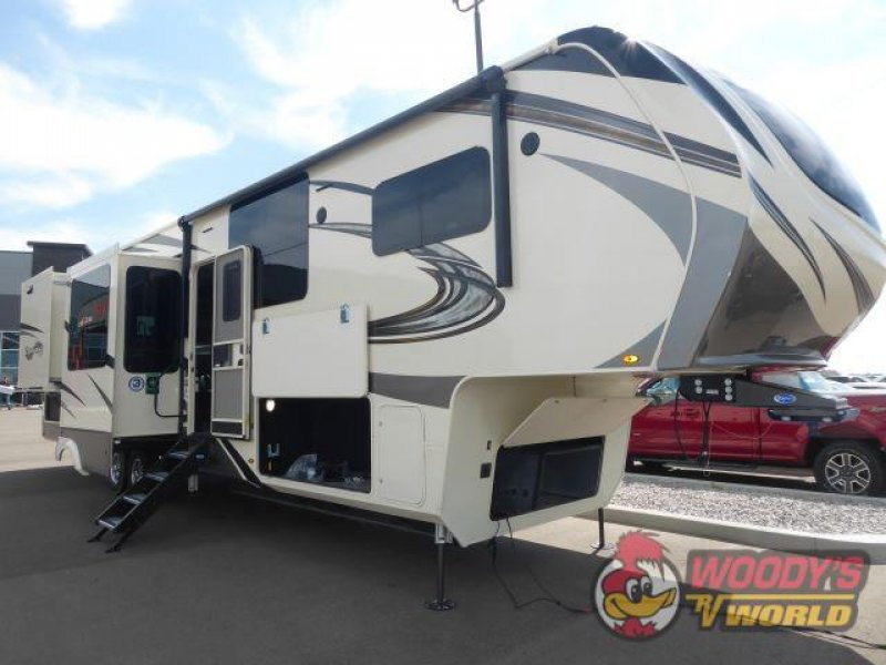 2021 GRAND DESIGN RV COMPANY SOLITUDE 390RK