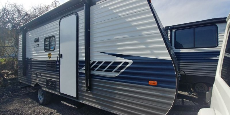 Zinger Inventory - RVs Unlimited