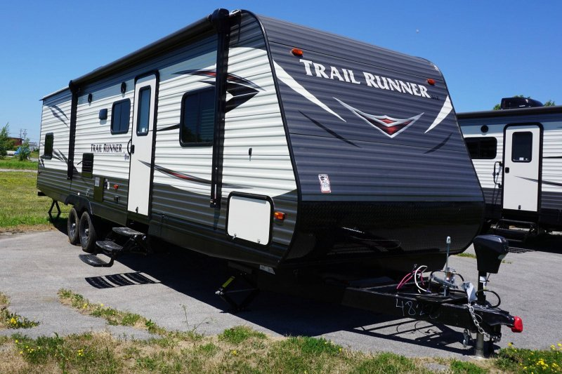 2019 HEARTLAND TRAIL RUNNER 302 SLE