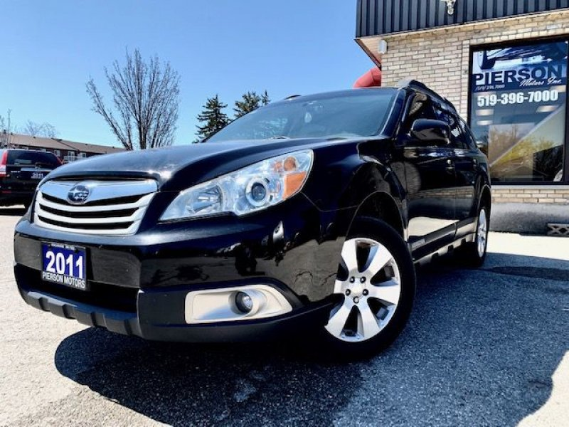 2011 SUBARU Outback 2.5i LTD