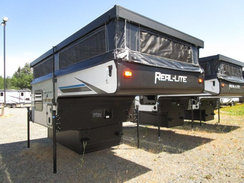 2021 PALOMINO Real Lite 1604 - 1591lbs