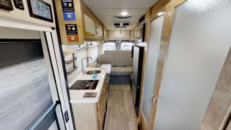 2022 COACHMEN Beyond 22 Power Couch AWD