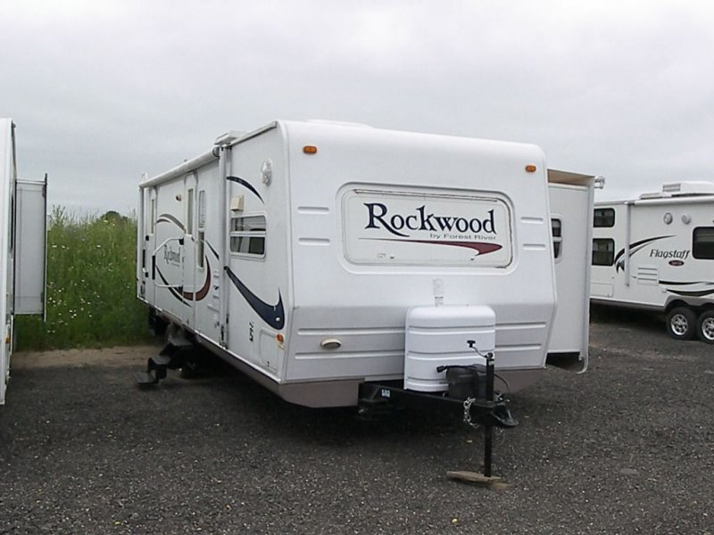 2006 FOREST RIVER ROCKWOOD 8296SS
