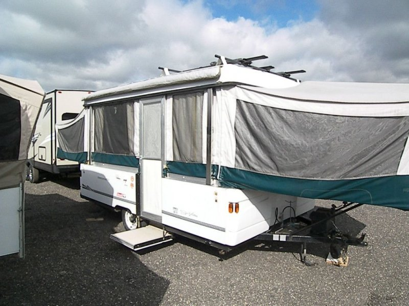 2001 FLEETWOOD FOLDING TRAILERS COLEMAN SUN VALLEY