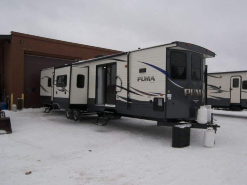 2019 FOREST RIVER PUMA 39FKL