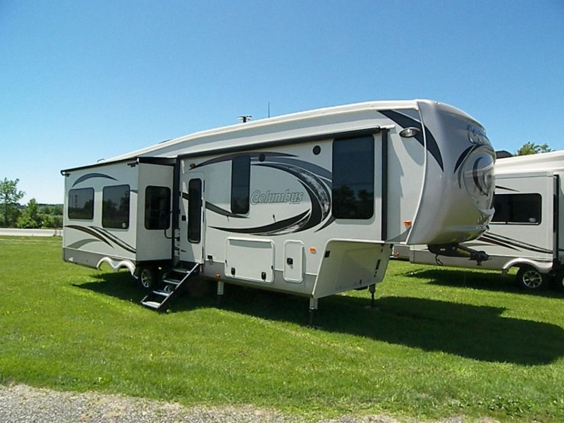 2019 FOREST RIVER COLUMBUS COL340RK