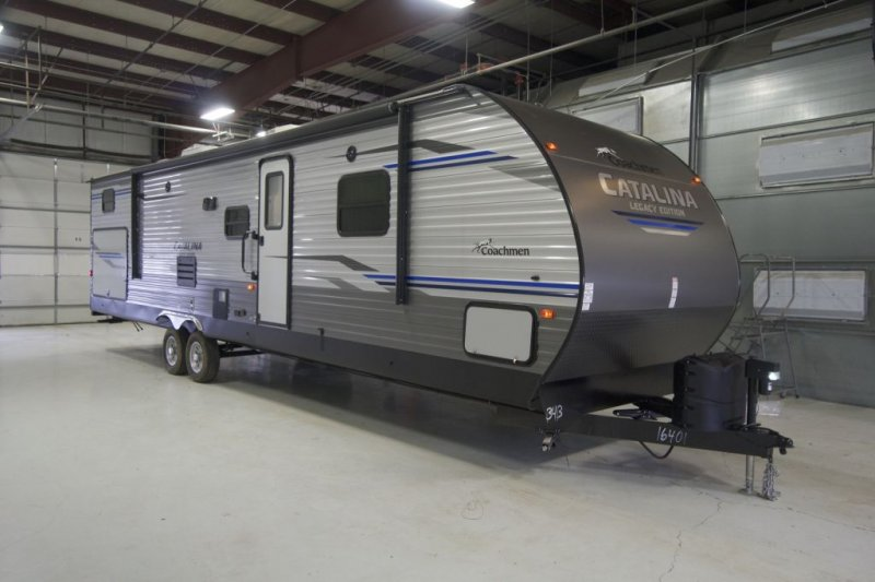 2020 COACHMEN CATALINA LEGACY EDITION CAT343BHTS