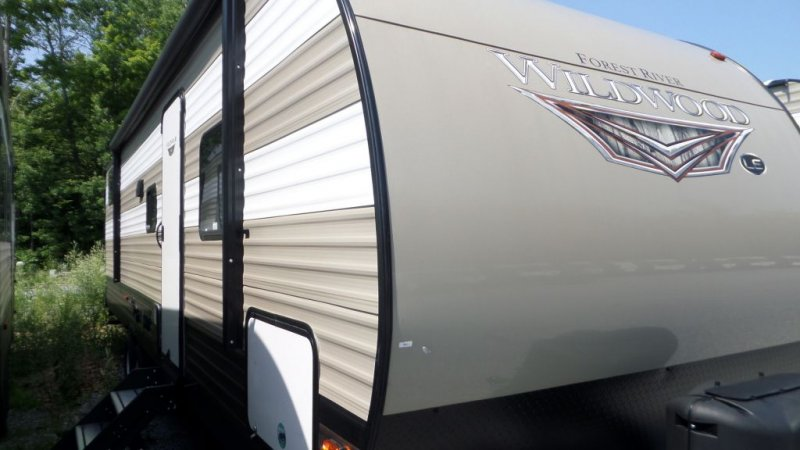 2019 FOREST RIVER Wildwood 29QBLE