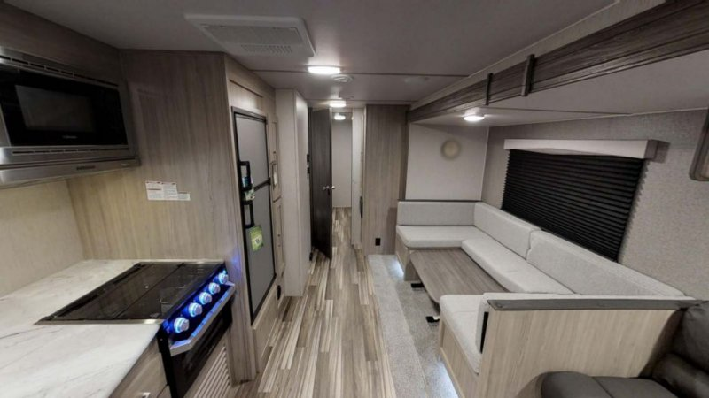 2021 COACHMEN FREEDOM EXPRESS 31 SE