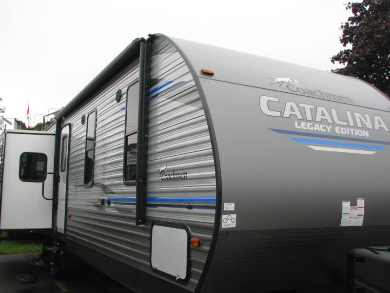 2020 COACHMEN Catalina 333 RETSLE for Couples