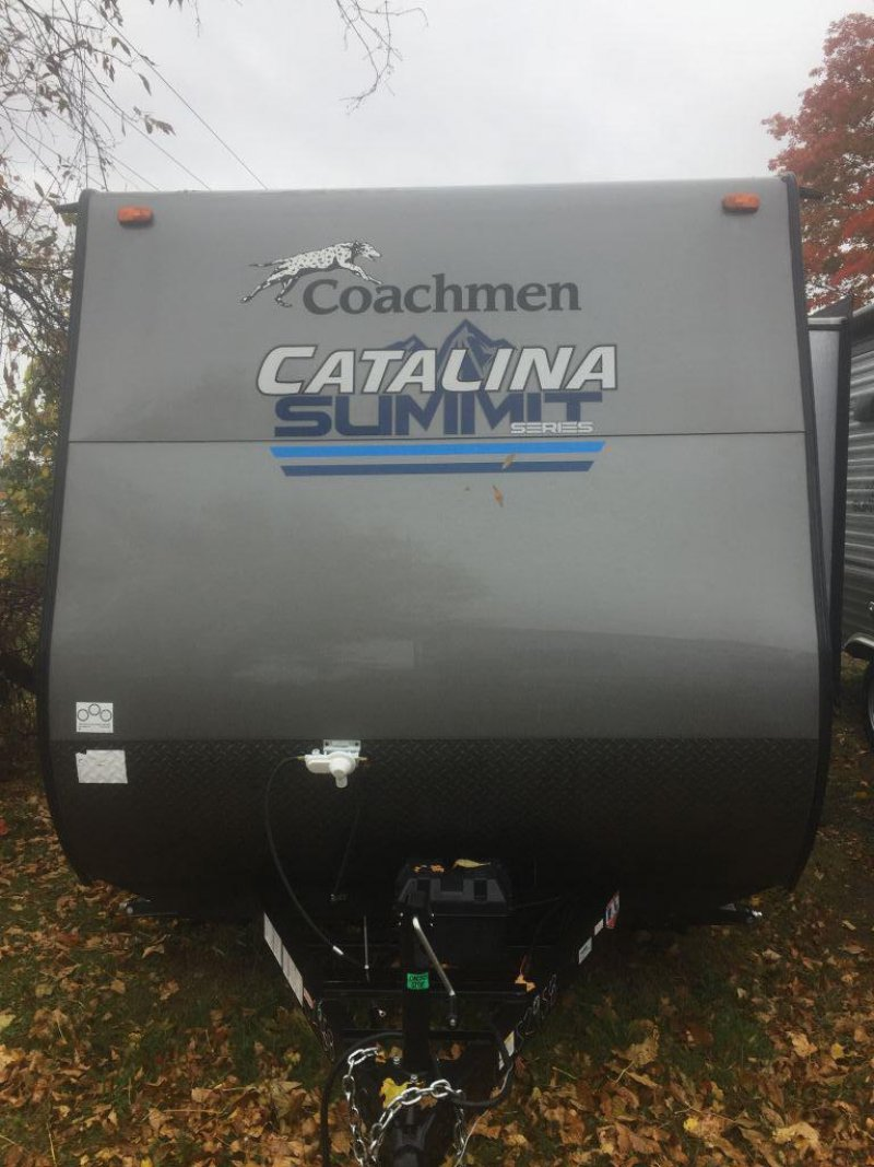 2019 COACHMEN Catalina Summit 172 BHS w/bunks