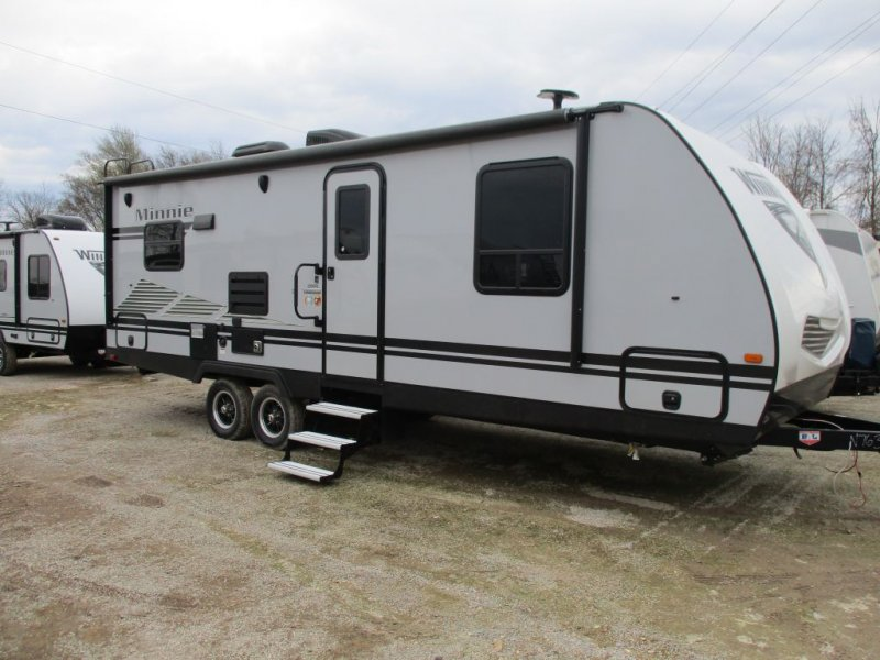 2020 WINNEBAGO MINNIE 2500RL