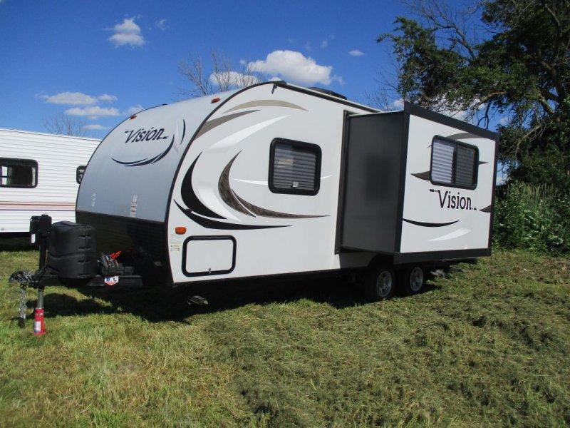 2015 KEYSTONE RV VISION 20RBS