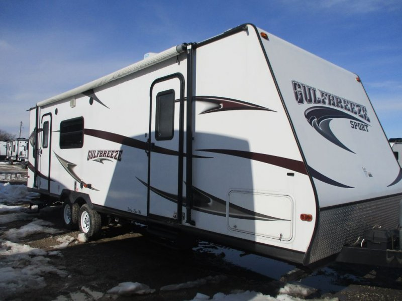 2013 FOREST RIVER GULF BREEZE 28RLF
