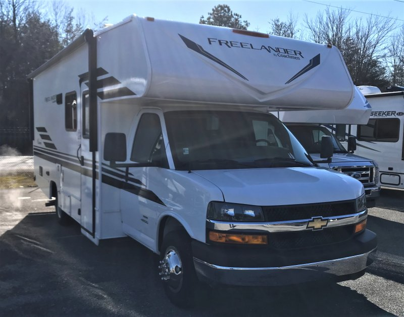 2021 COACHMEN FREELANDER 23FS