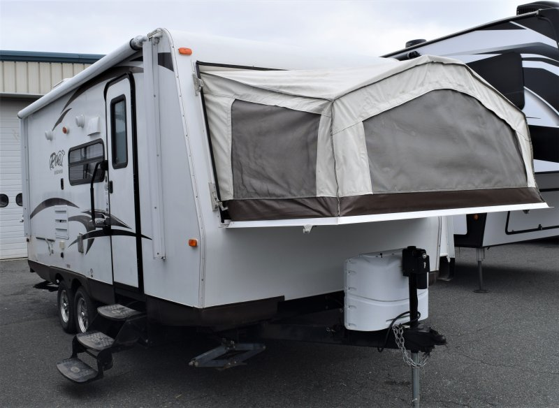 2014 FOREST RIVER ROCKWOOD ROO 21SS