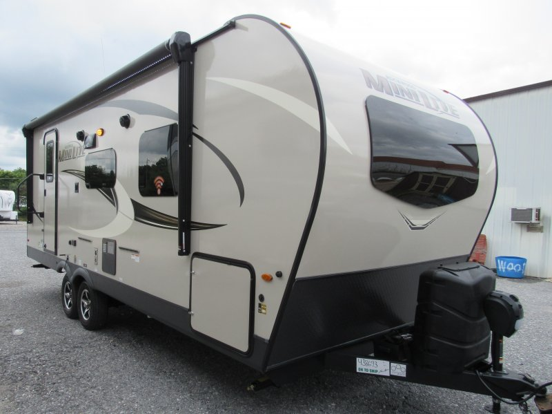2021 FOREST RIVER ROCKWOOD MINI LITE 2511S